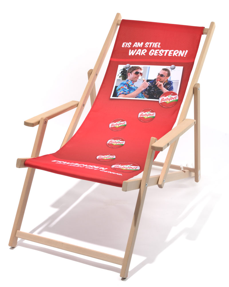 Holzliegestuhl Classic mit Armlehne